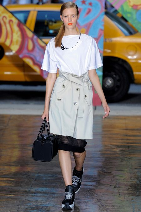 Above: DKNY | Spring 2014 Ready-to-Wear Collection