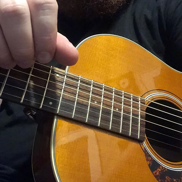ACOUSTIC GUITARISTS! What is the BEST-sounding acoustic you've EVER played? I want to know!  #acoustic #acousticguitar #worshipleader #worshipguitarist #guitarist #geartalk #sixstring #vintageguitar