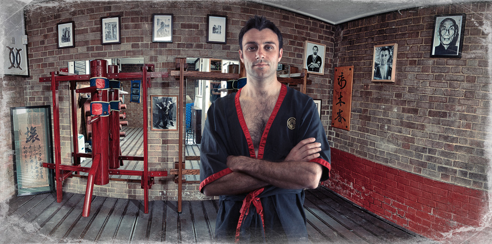 Si-Fu Julian Hitch 's Wing Tsun lineage traces back directly 1,500 years to the founding of the Shaolin Temple, is a pioneer in the martial arts and has set several national and world records over the past 15 years.