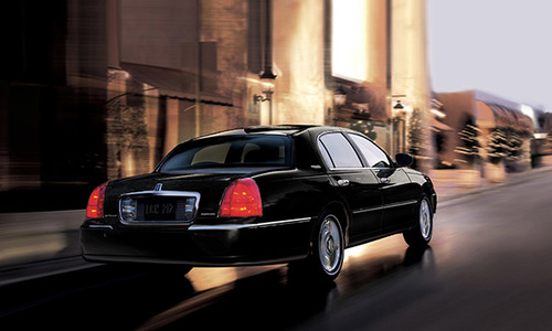 Luxury Town Car sedan city trips