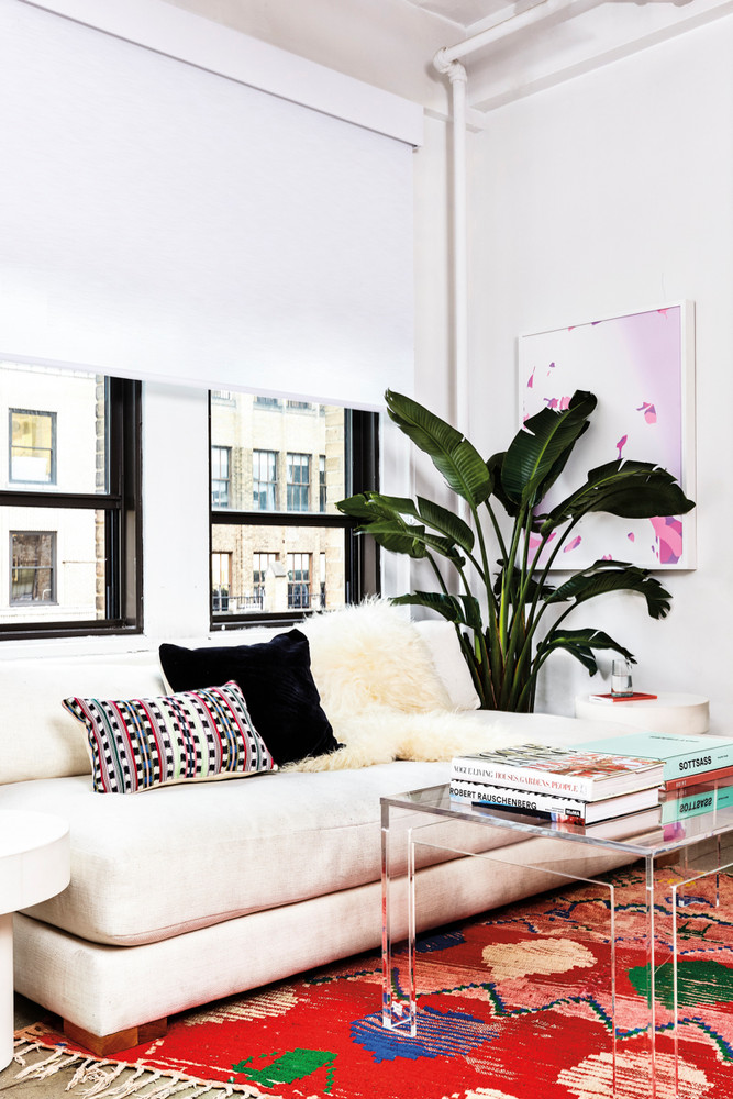 inside-the-domino-office-where-good-vibes-rule-white-living-room-5a21a1a722e9090844bfa7db-w1000_h1000.jpg
