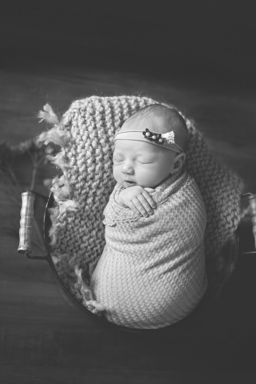 Newborn_AdalynnJane_9Days-7.jpg