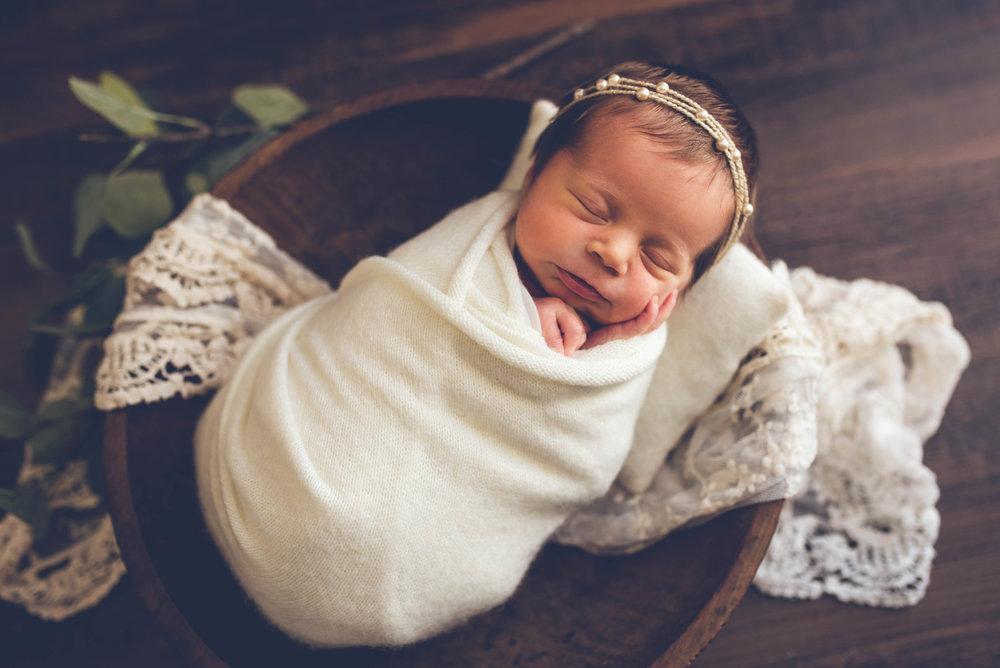 Newborn_Francie_14Days-17.jpg