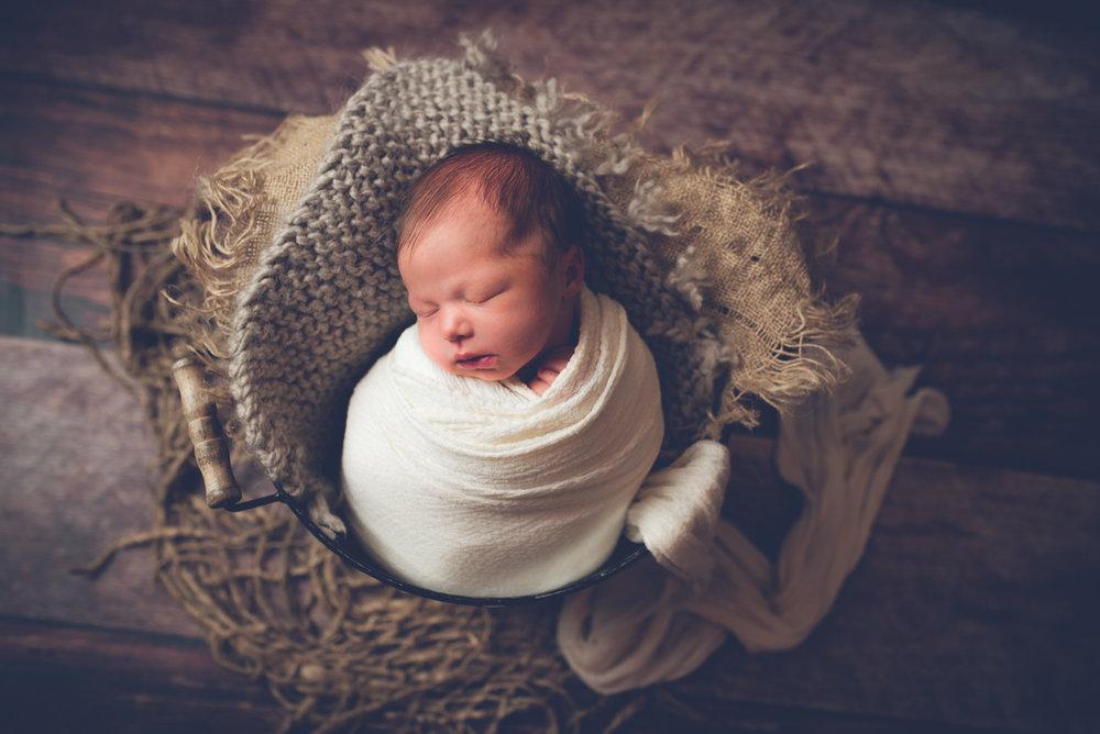 Newborn_Charlotte_5Days-6.jpg