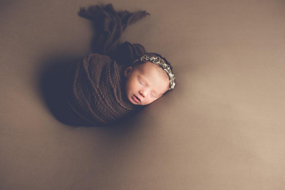 Newborn_Cora_11Days-10.jpg