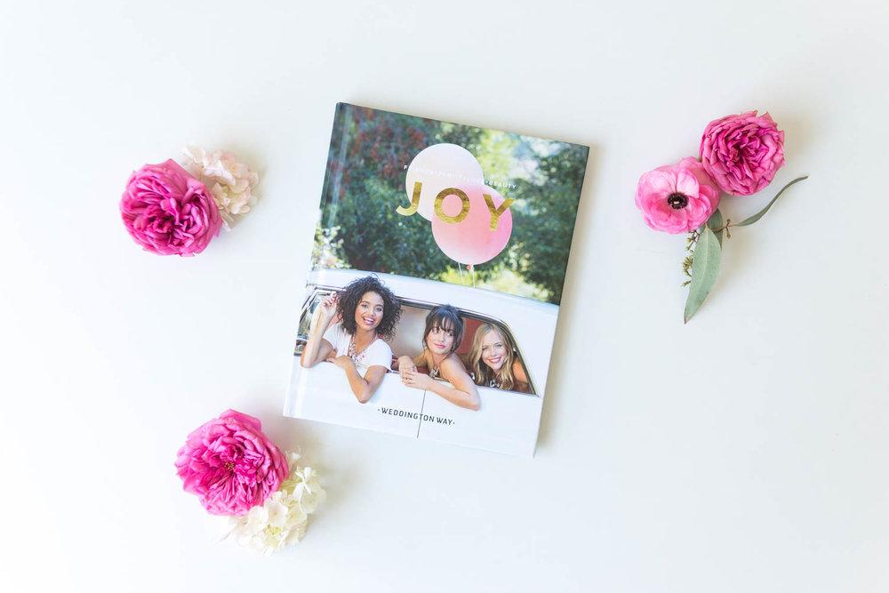 weddingtonway-hannahpobar-brandbook-1.jpg