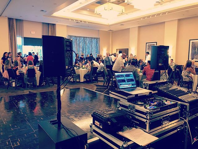 Excited to be at the brand new @sheraton_redding tonight for a beautiful wedding!!! . . . . . . . #sheratonredding #dj #weddingdj #wedding #music #redding #reddingca #thisisredding