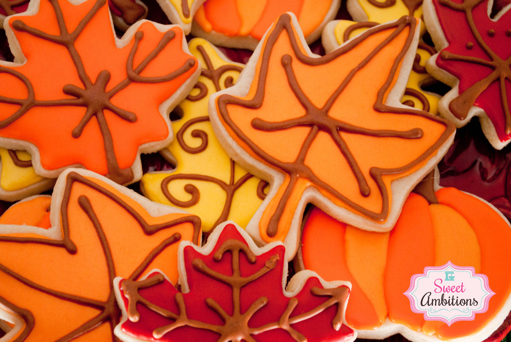 fall_leaf_cookies.jpg