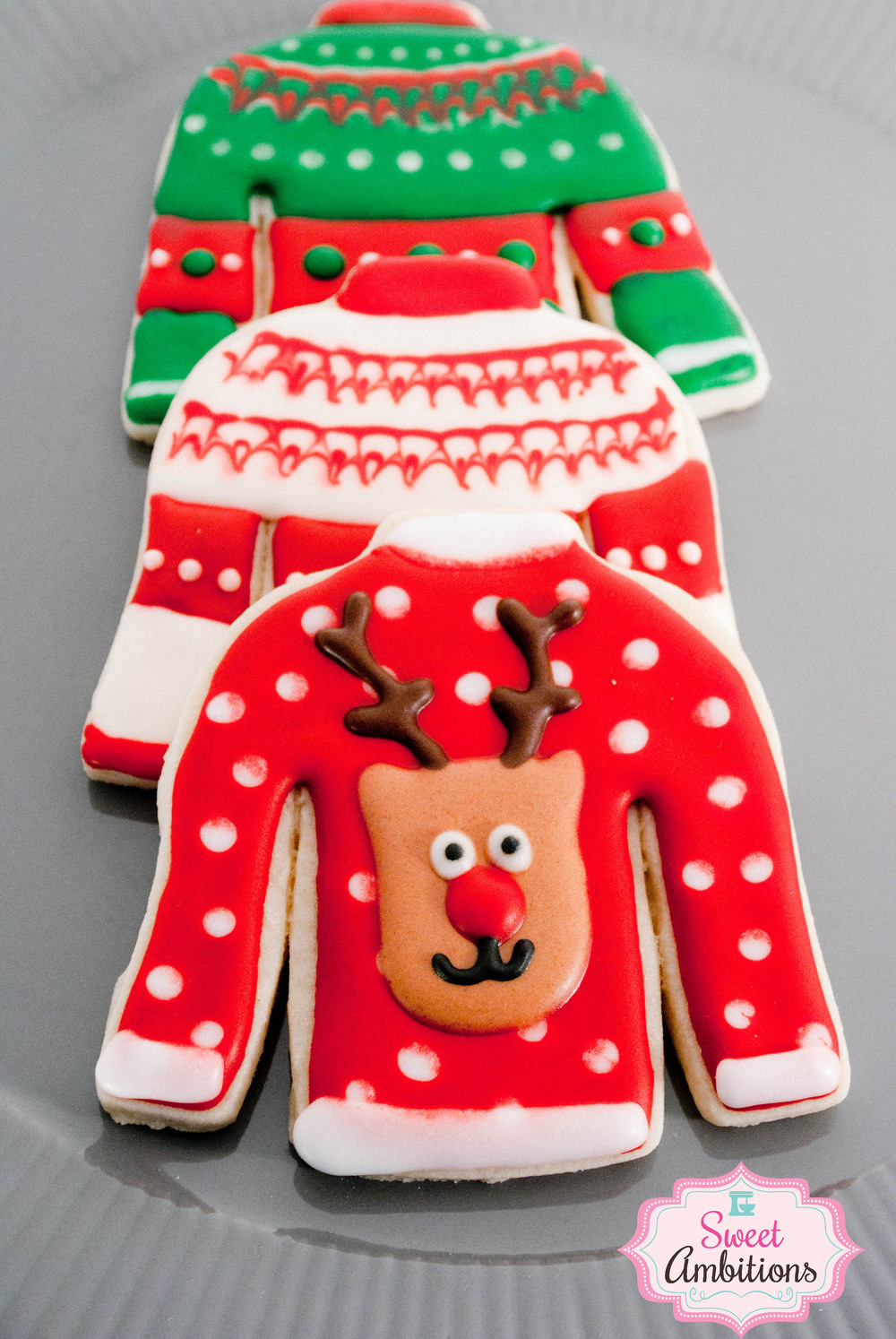 reindeerxmassweater.jpg
