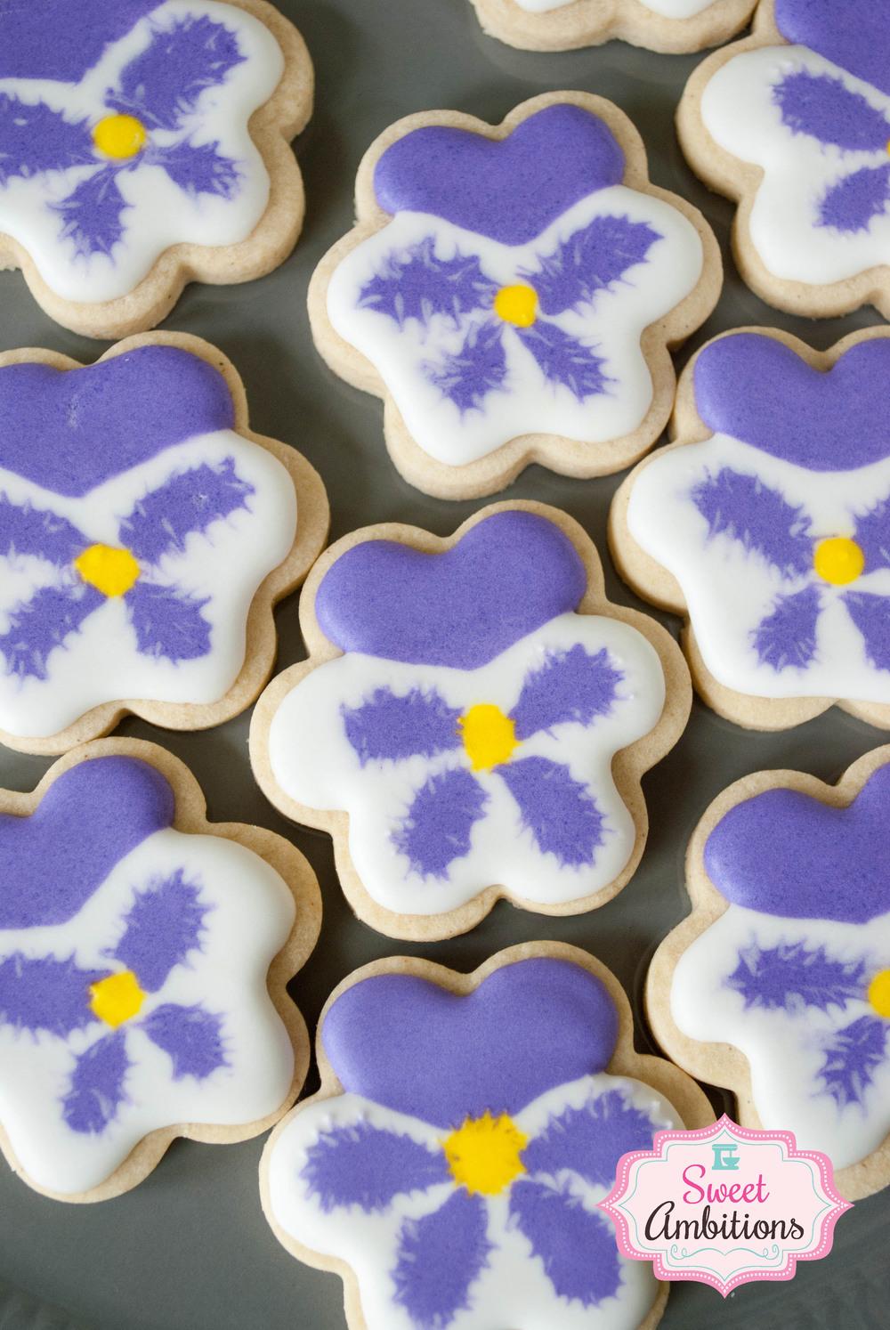 flowercookiepansy.jpg