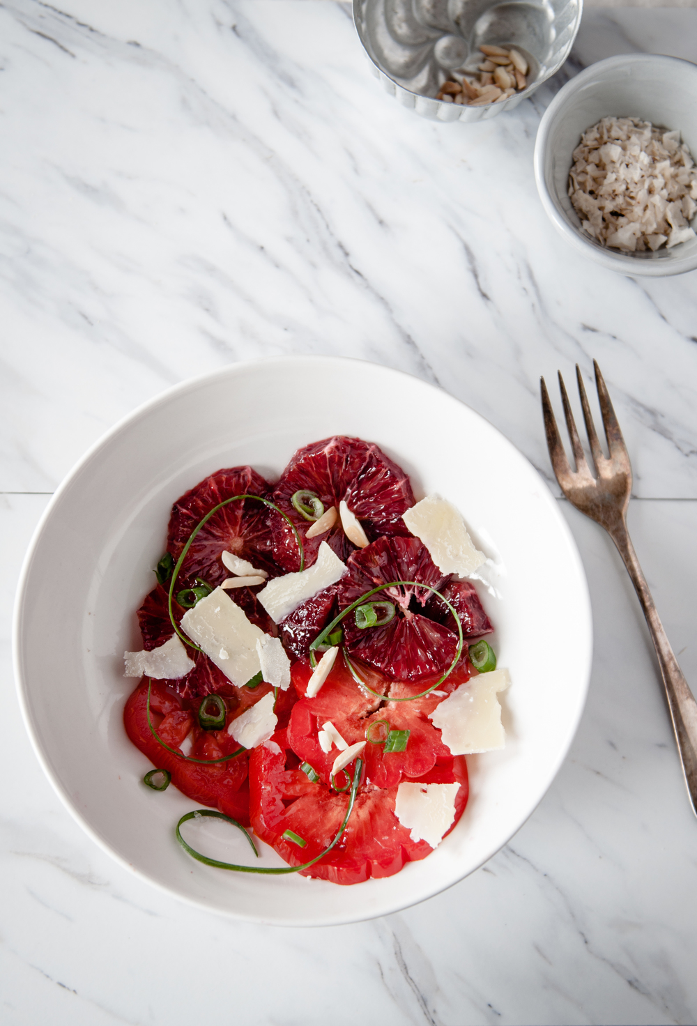 HEIRLOOM TOMATO AND BLOOD ORANGE SALAD