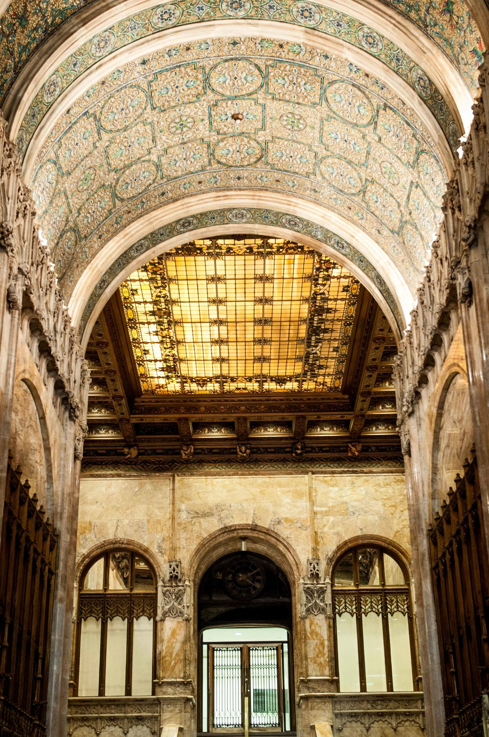 The famed lobby of the Woolworth building lives up to the drama and yearning! A gilded ceiling set afire with the stunning work of some of the best artisans in the city at the time, it is a beauty to behold!
