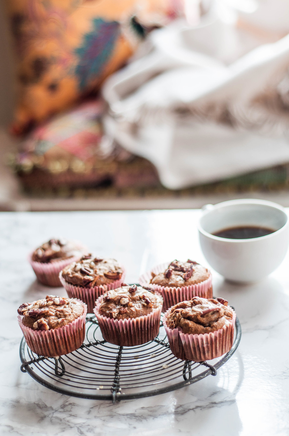 Oat, Almond and Banana Muffins to start your morning on the right note!