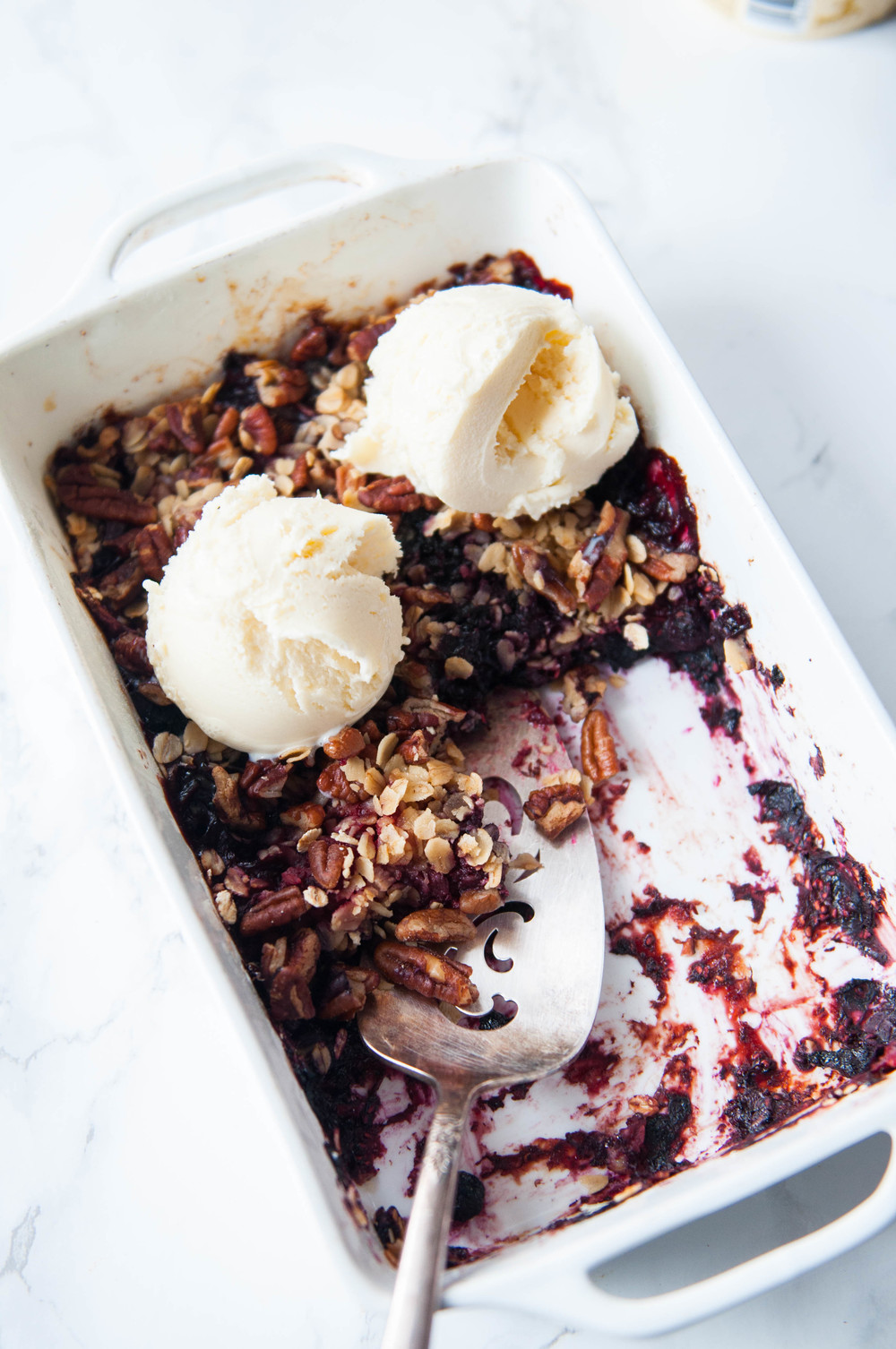 BERRY CRUMBLE WITH OAT PECAN TOPPING