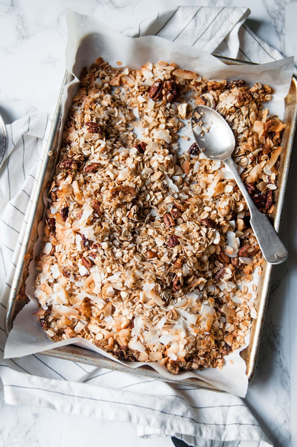 VERY NUTTY GRANOLA
