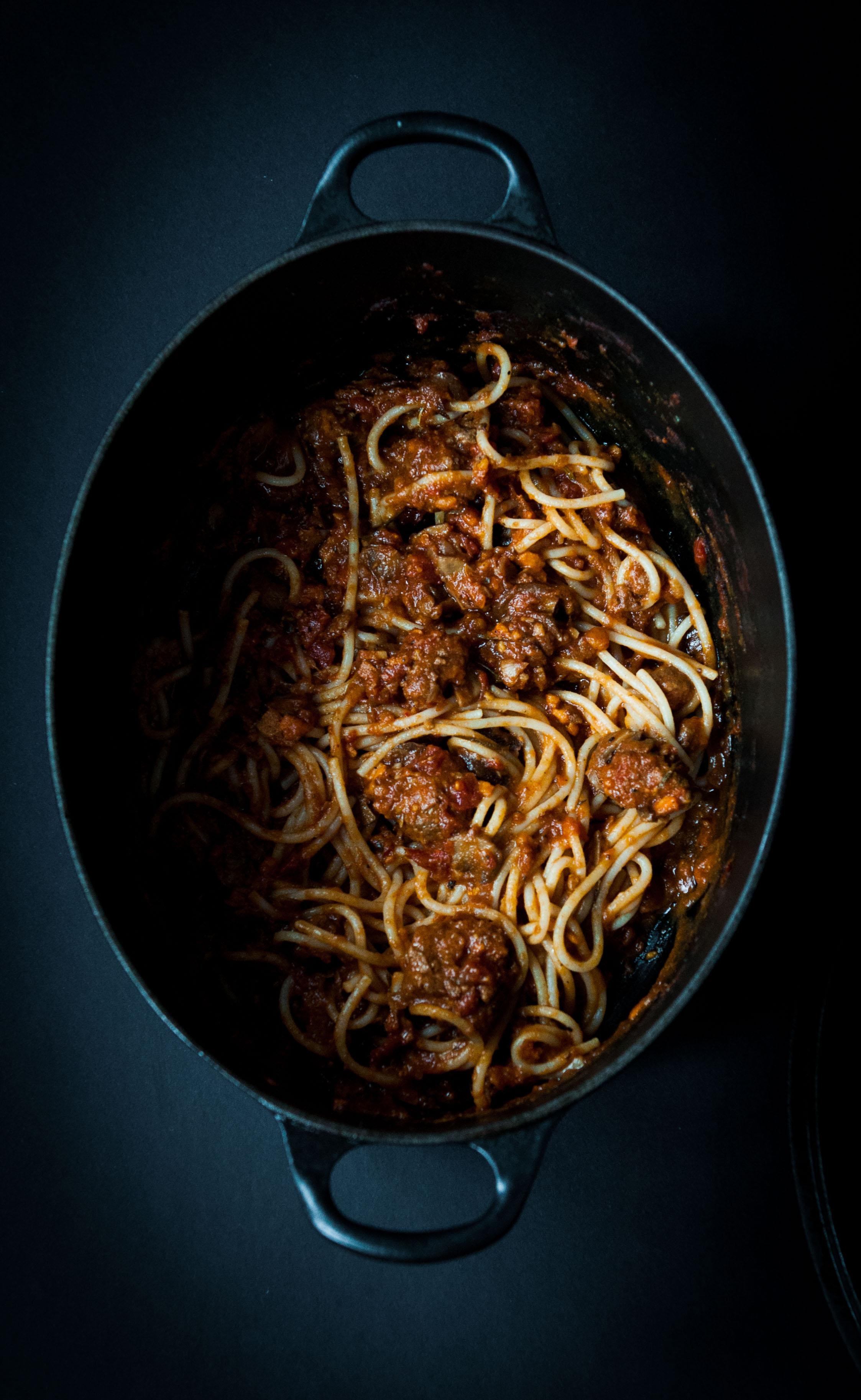 Portly italian drains those meatballs