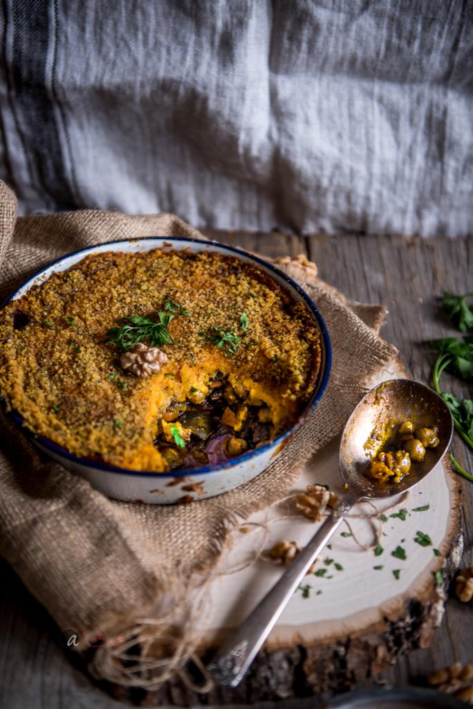 Curried_Vegetarian_Shepherd's_Pie_scooped.jpg