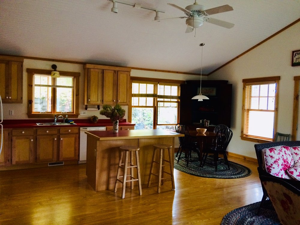 Open concept living/dining/kitchen space makes visiting easy!