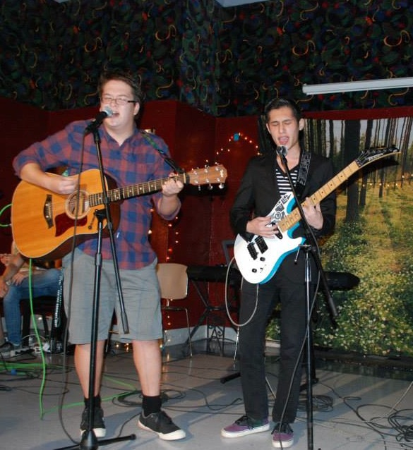 Evan Berger and Anthony Vang jam on stage in the Black Squirrel. Photo courtesy Studio Picnic.