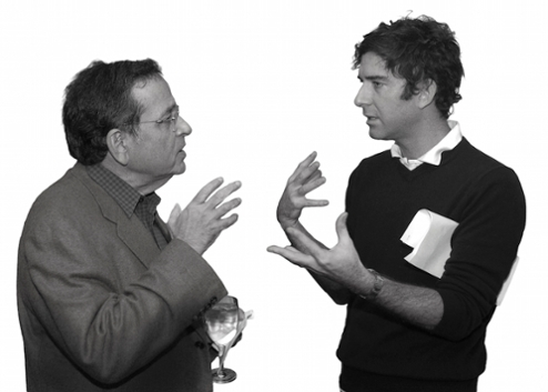Perez was always up for a conversation. Here, he is pictured talking with designer and donnee David Netto '92. Courtesy Sarah Lawrence College