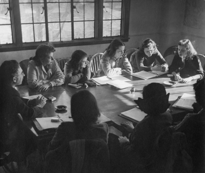 Students in a typical Sarah Lawrence seminar class taught by Professor Bert Loewenberg in the 1940s. Photo courtesy of the Sarah Lawrence Archives