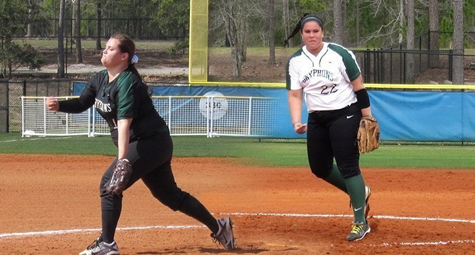 Sarah Lawrecne Softball Captain Kamaron McNair. Photo courtesy of Go Gryphons