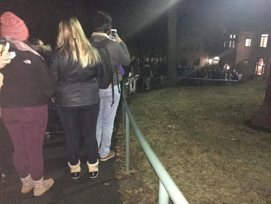 Students waiting in line. Photo credit: '17
