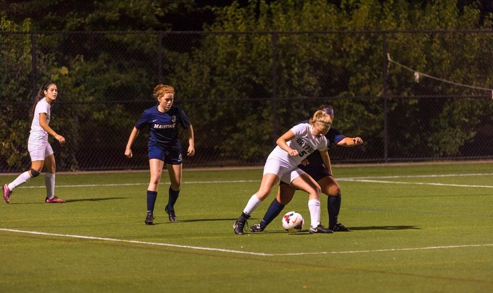 Gryphons first year Lauren Ashby during a match against SUNY Maritime. Credit: GoGryphons.com