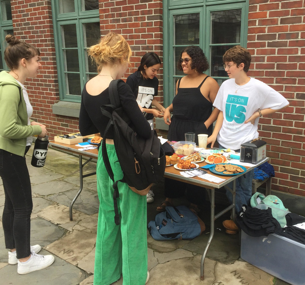 Its On Us co-chairs Myriam Burger and Annaliese Rozos at the Its On Us bake sale outside the pub on October 9.