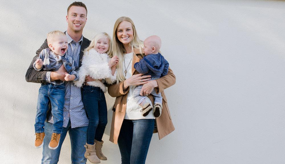 Zamroz Family -5.jpg