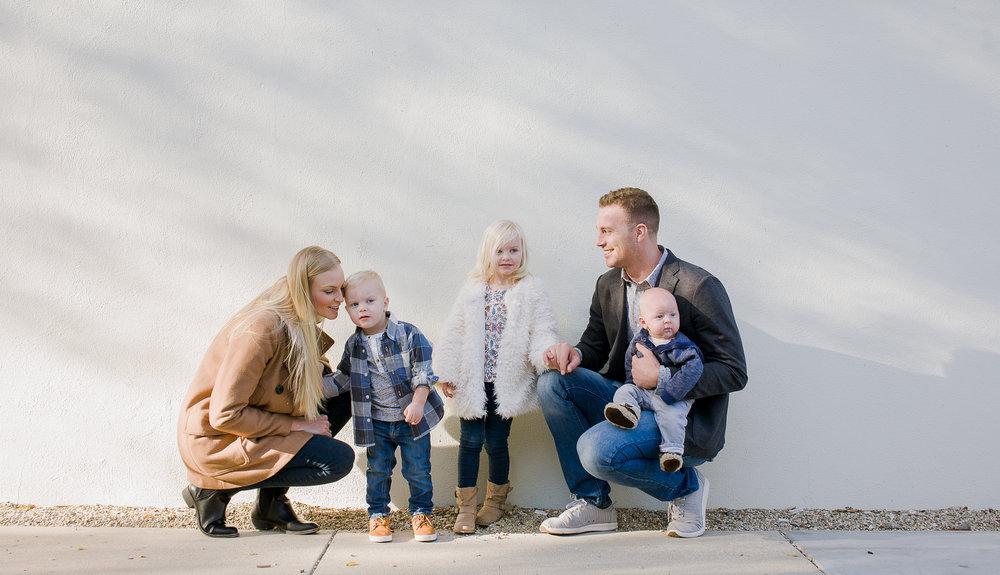 Zamroz Family -3.jpg