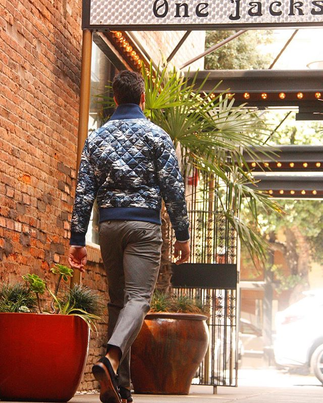 Best part of autumn? Bomber jackets 24/7. Check out the fall essential by clicking the #linkinbio.  #iwearjake #fw17 #bomberjacket #falltrends #wiw #shoplocal