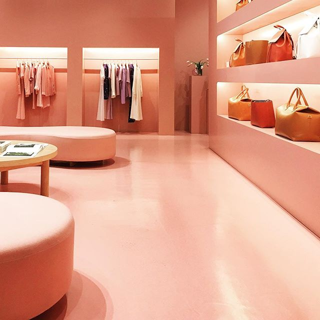 Retail Therapy Realness #tbt  #iboughtnothingbutdamn . . . . @mansurgavriel #soho #nyc #blush #nude #interiordesign #retail