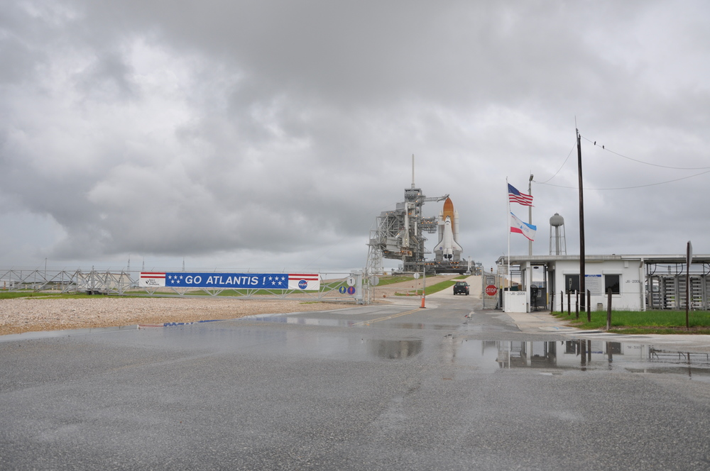 A wide view of the pad as Atlantis is ready for her STS-135 flight on a cloudy L-1 Credit: Sawyer Rosenstein