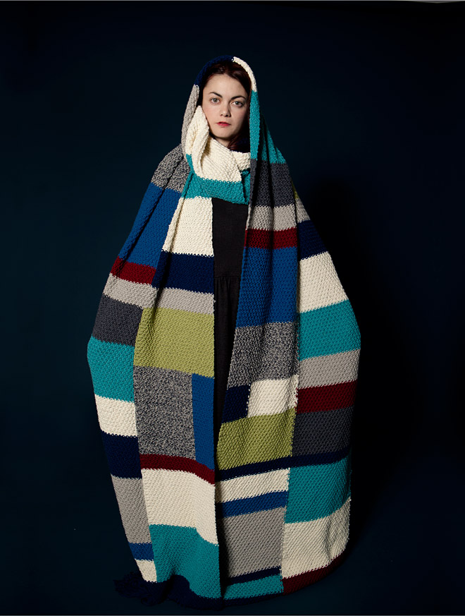 La Casita de Wendy went a little overboard on this, er...I think it's a scarf? Love it. Super quirky fun.more here