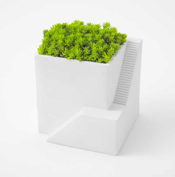 Create your own growing miniature villages with these brilliant little planters.