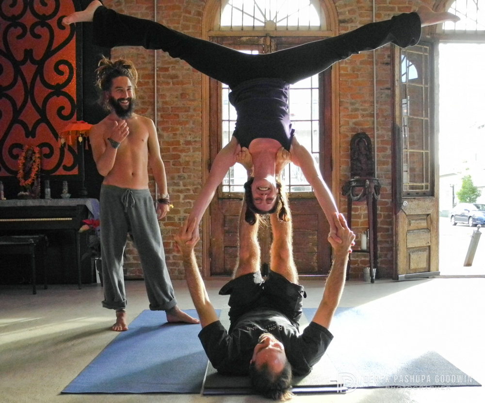 AcroYoga in the Marigny