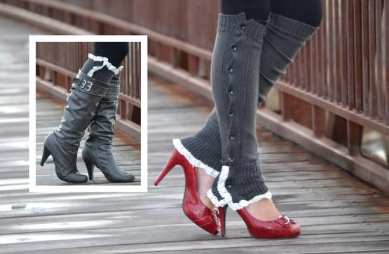 dark grey boot socks.png