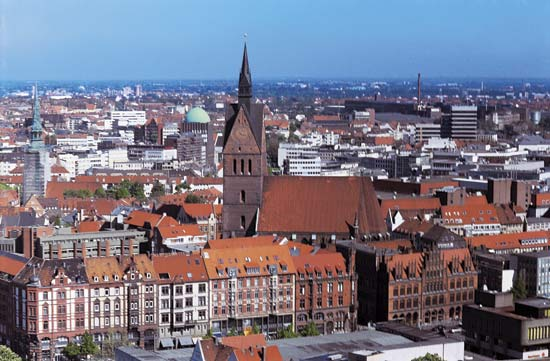 Contemporary photo of Hanover, Germany (Image courtesy of Howdoesitfeel.co.uk)