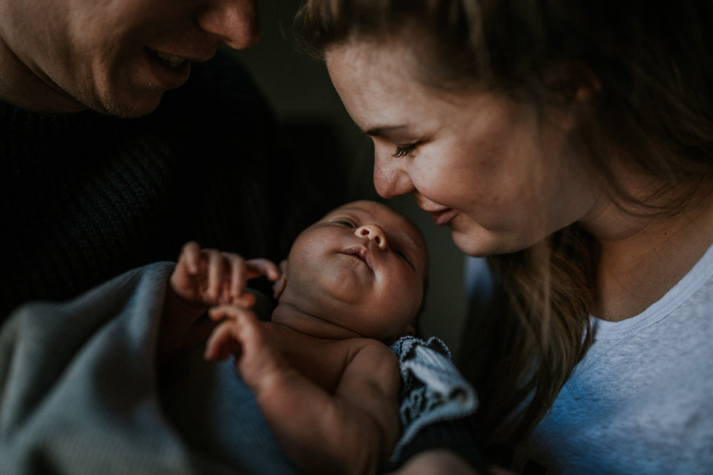 sophie-timothy-melbourne-family-photographer-frankie-jean-newborn24.jpg