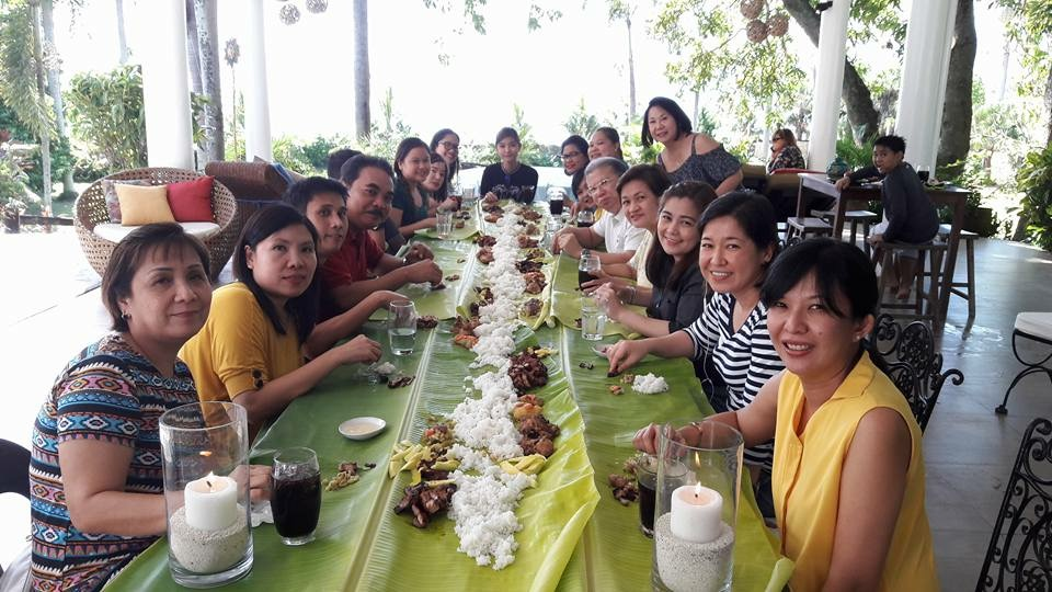 Boodle fight setup.jpg