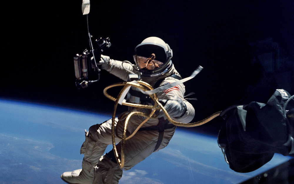Astronaut on   Extravehicular Activity