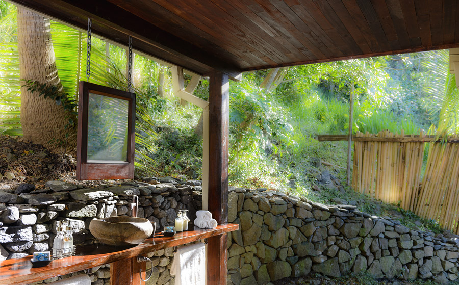 Remote Resort Fiji Islands- Oceanfront Pool Villa Outdoor Bathrooms