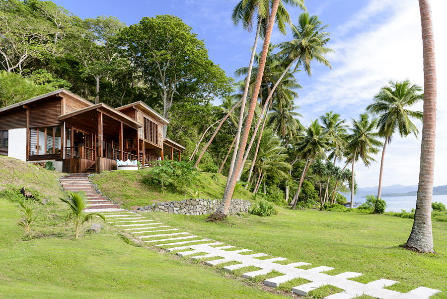 Remote Resort Fiji Islands - Main Pavilion Restaurant and Bar