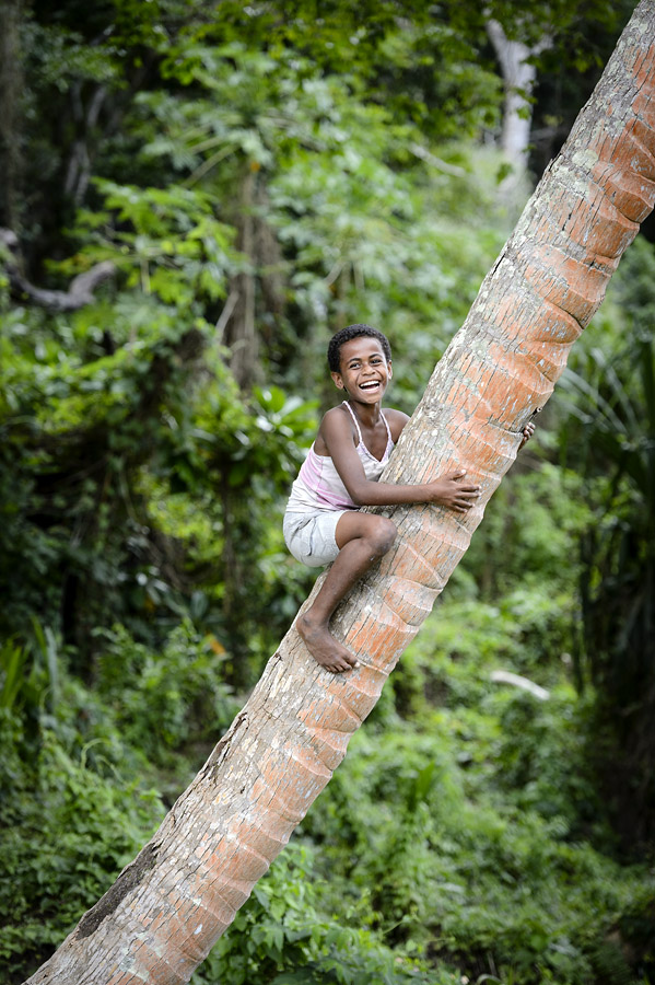 Remote Resort Fiji Islands - Fiji is one of the happiest places in the world and this is especially true of its children