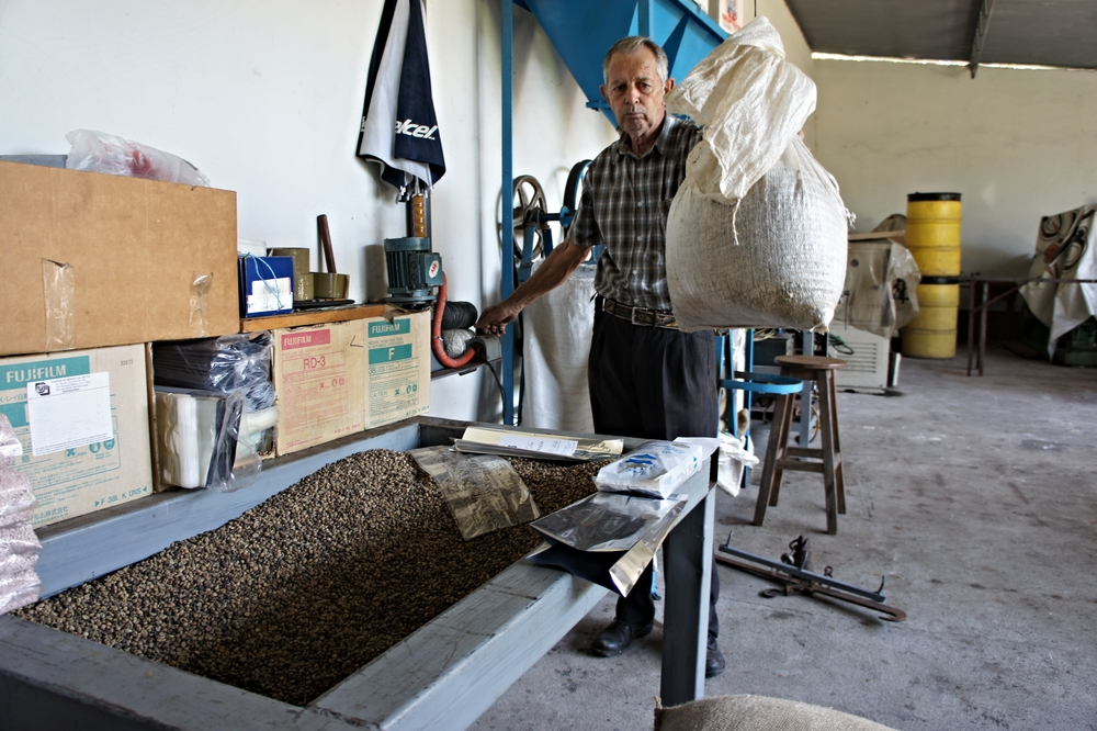Hugo, the owner, roasts, grounds and packs the coffee himself.