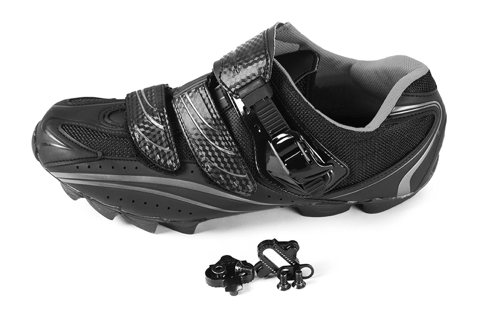 Clipless Mountain Bike Shoes and Cleats