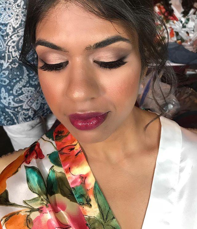 How gorgeous is this bridesmaid from today ?! She had the best features to work with ! ✨ • • • #mayweddings#bridesmaid#makeupartist#artistry#boston#bostonsalon#ecofriendlysalon#crueltyfree#travelingmakeupartist#bostonmakeupartist#braintree#lashes#discoveryourglo#bostonweddings#weddinghair#bride#bostonbride#bridalmakeup#weddingmakeup#engagement#beautiful#beauty#veganmua