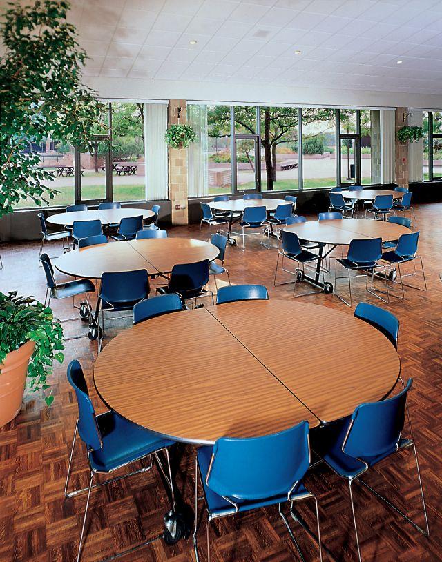 Cafeteria 18.jpeg