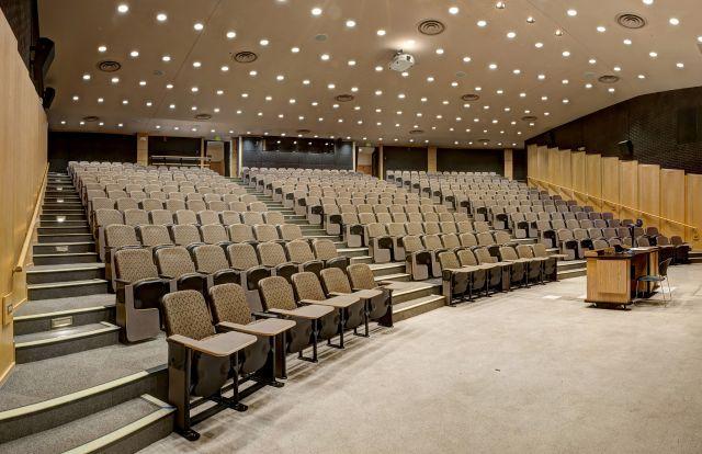 Auditorium 21.jpeg